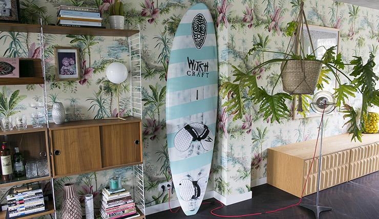 SURFBOARD ALS LEBENDIGES ZUBEHÖR? WARUM AUCH NICHT